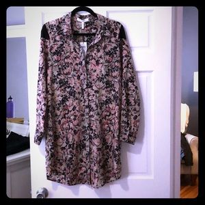 BCBGeneration Flowered Blouse/Tunic